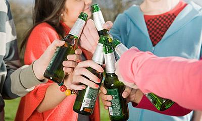 Лечение подросткового алкоголизма и условия реабилитации